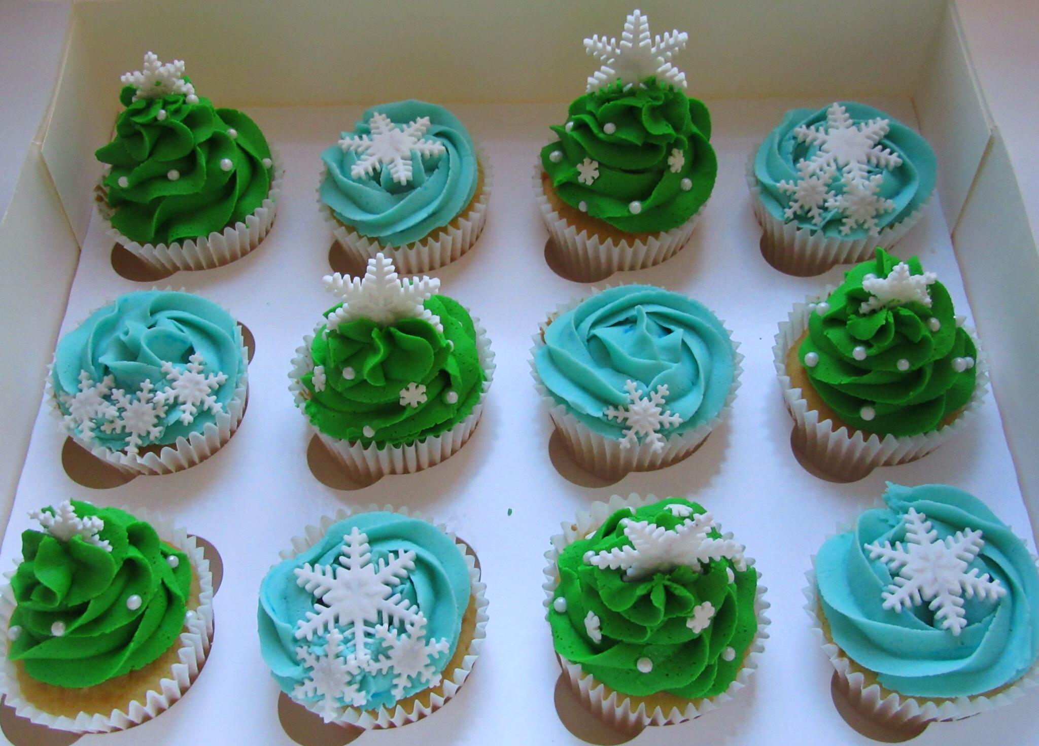 Christmas cupcakes, christmas tree, snowflake, aerial view